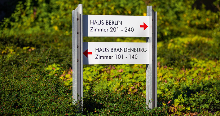 "Sign for houses ""Berlin"" and ""Brandenburg"". Photographer: Sebastian Runge"
